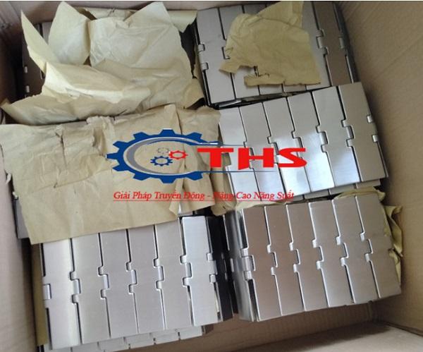 Băng tải xích inox 802 K1000 chạy thẳng tại Công ty THS