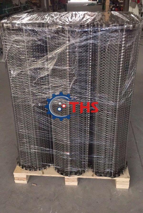 Băng tải inox sử dụng sên biên kéo cao cấp