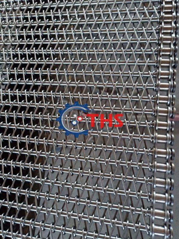 Băng tải inox sử dụng sên biên kéo tại Công ty THS đảm bảo thiết kế chuẩn kỹ thuật