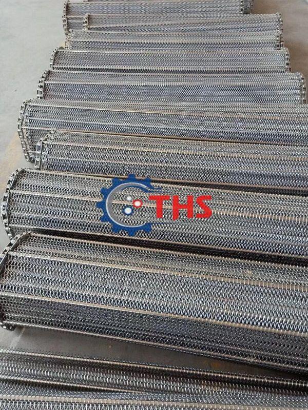 Băng tải inox sử dụng sên biên kéo - sản phẩm được nhiều doanh nghiệp tin dùng