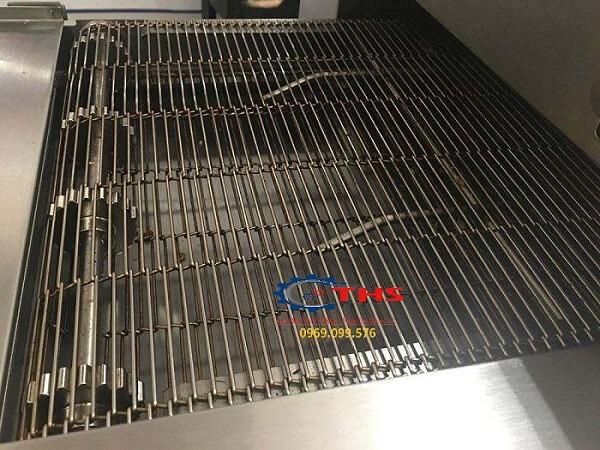 Bánh nhông dành cho băng tải inox đảm bảo kích thước đúng tiêu chuẩn, lắp đặt đúng kỹ thuật